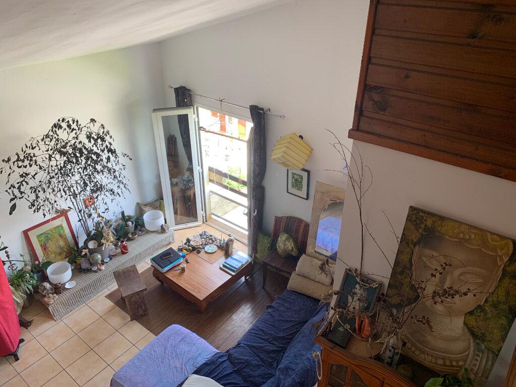 Appartement à vendre 5 90m2 à Saint-Pierre vignette-3