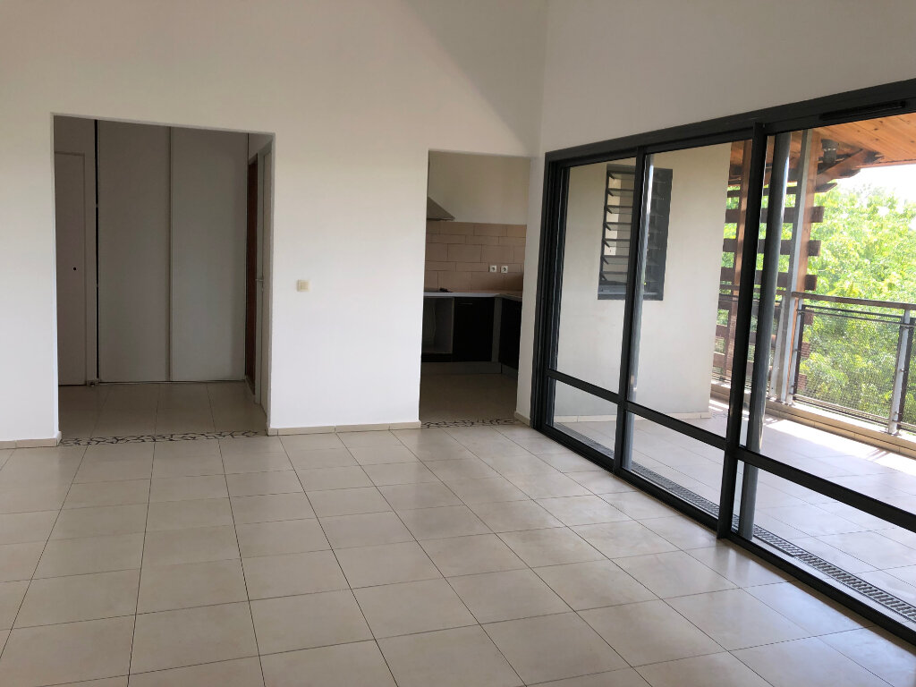 Appartement à vendre 2 68m2 à Saint-Paul vignette-1