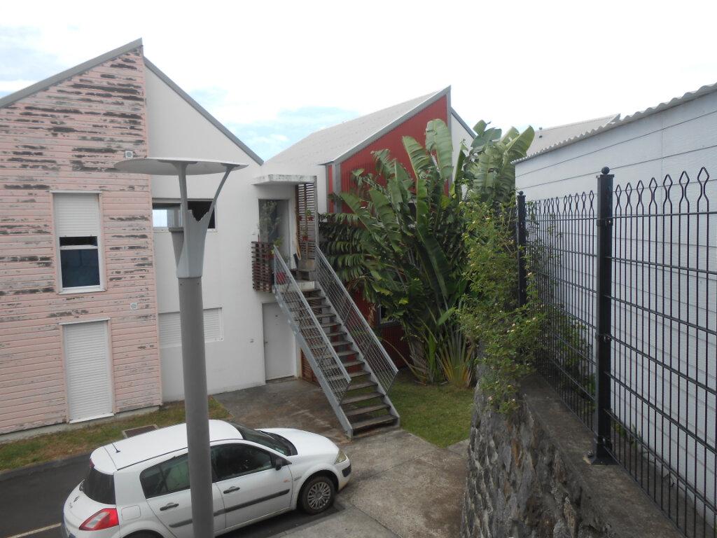 Appartement à vendre 3 71m2 à Saint-Leu vignette-2