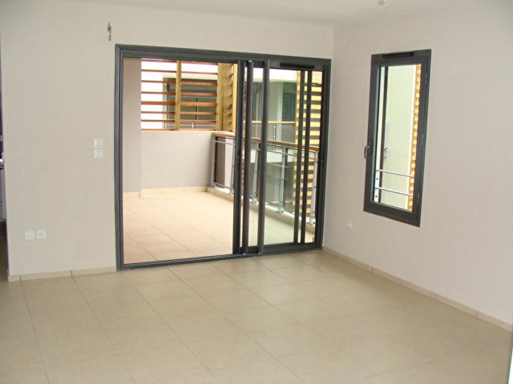 Appartement à vendre 2 45.3m2 à Saint-Paul vignette-2