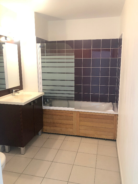 Appartement à louer 2 38m2 à Saint-Denis vignette-5