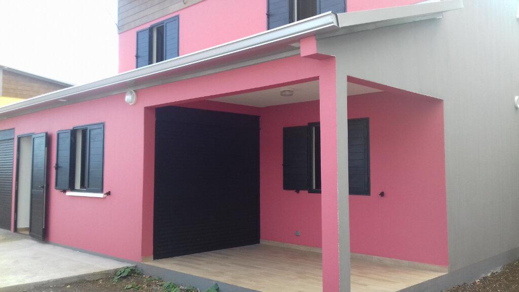 Maison à louer 5 140m2 à Saint-Pierre vignette-3
