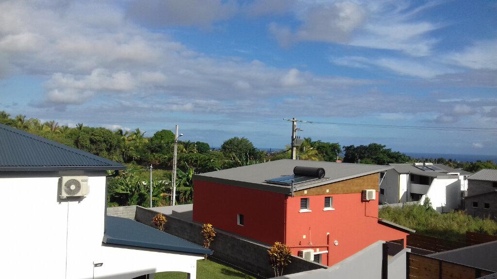 Maison à louer 5 140m2 à Saint-Pierre vignette-4