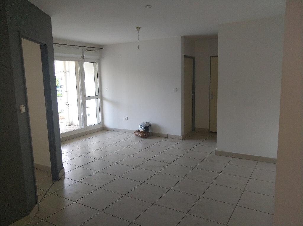 Appartement à vendre 2 48m2 à Saint-Denis vignette-3