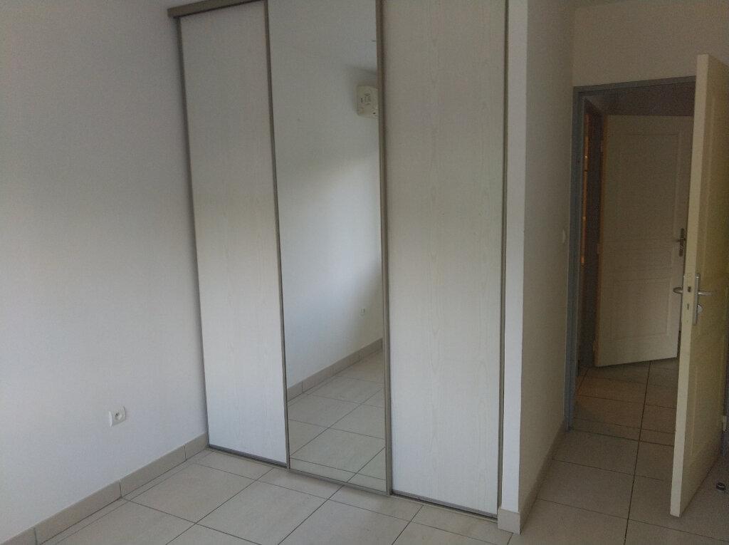 Appartement à vendre 2 48m2 à Saint-Denis vignette-4
