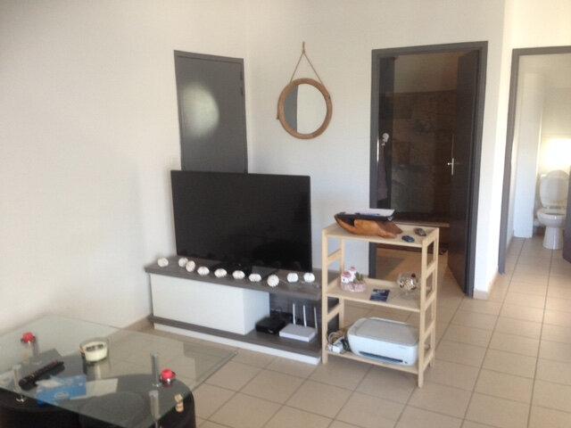 Appartement à louer 2 42m2 à Saint-Paul vignette-3