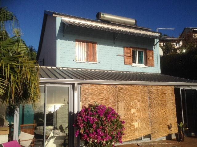 Maison à louer 5 100m2 à Saint-Paul vignette-1