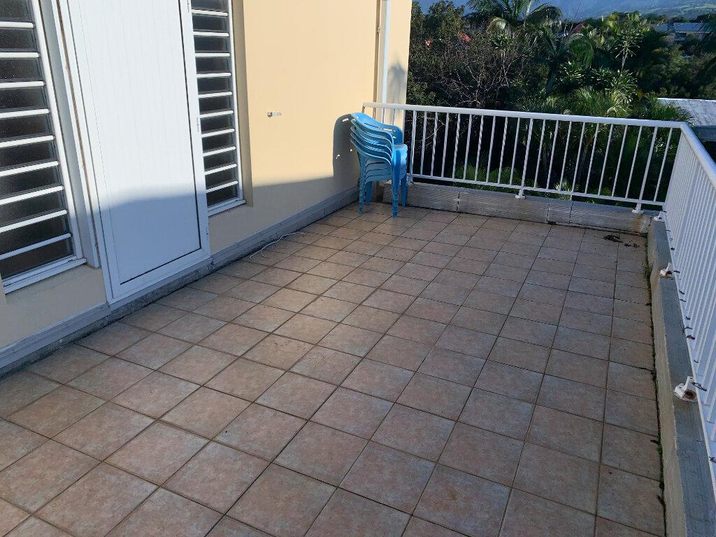 Appartement à vendre 3 60m2 à Saint-Pierre vignette-5