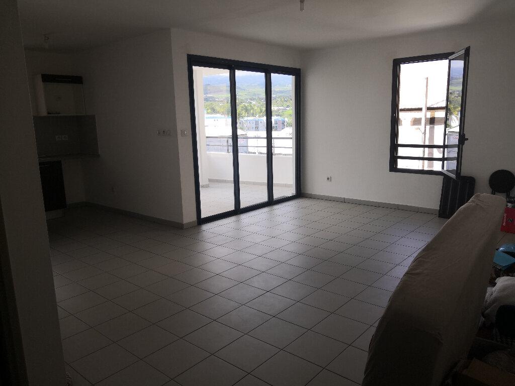 Appartement à vendre 2 61m2 à Saint-Pierre vignette-2