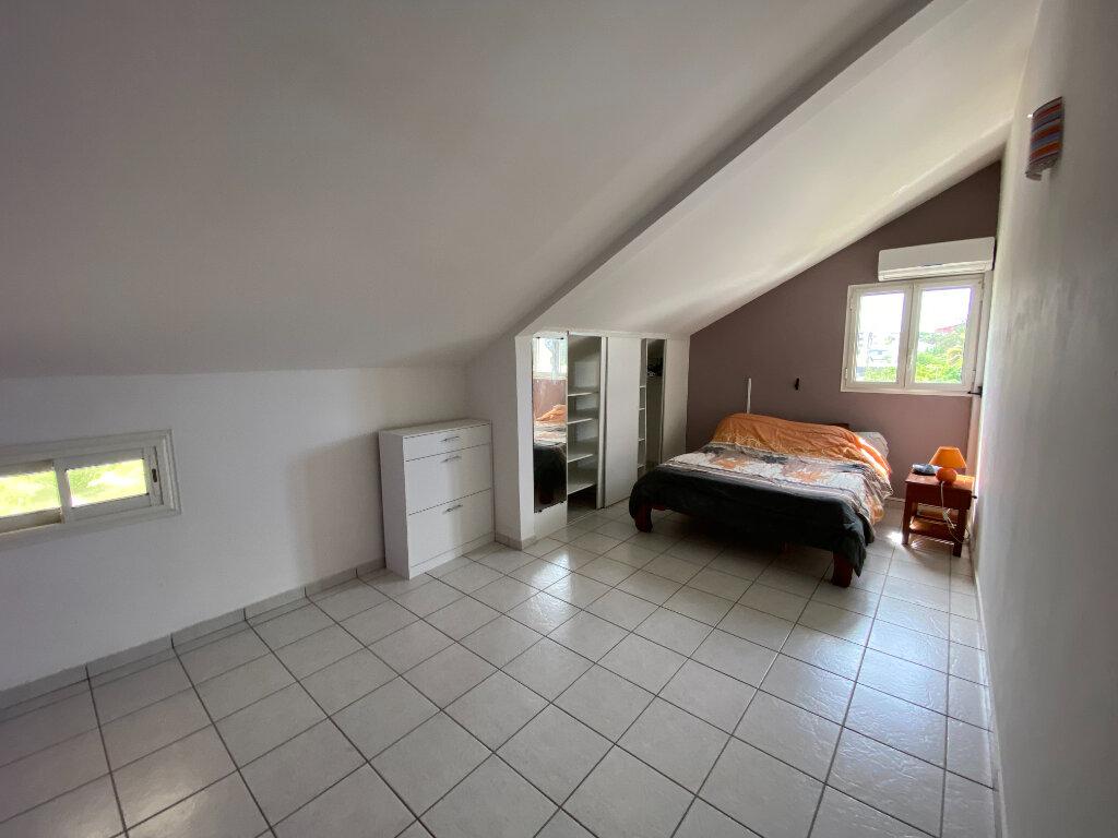 Maison à vendre 4 120m2 à Saint-Pierre vignette-5