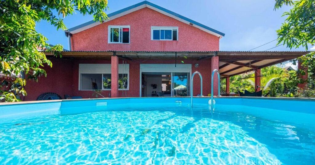Maison à vendre 6 157m2 à Saint-Pierre vignette-1
