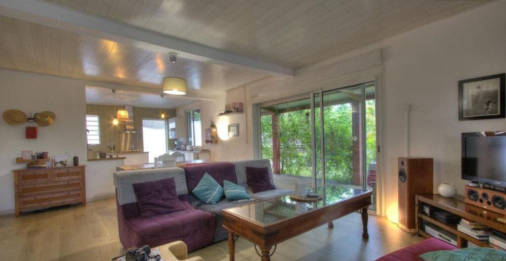 Maison à vendre 6 157m2 à Saint-Pierre vignette-3