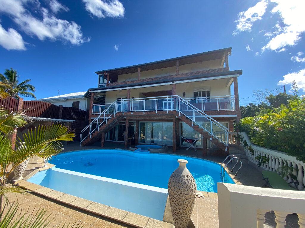 Maison à vendre 17 472m2 à Saint-Pierre vignette-2