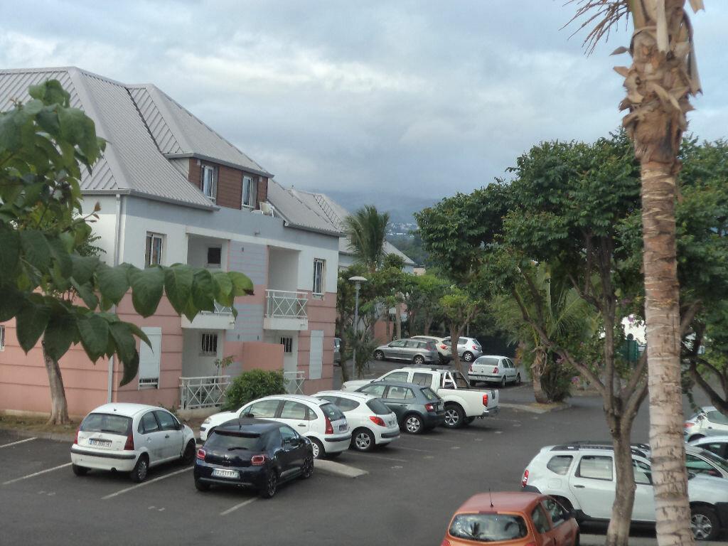 Appartement à louer 3 53m2 à Saint-Pierre vignette-6