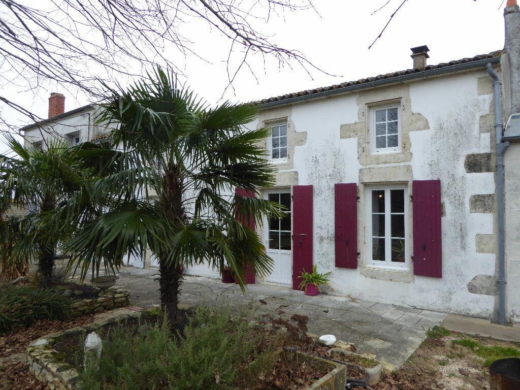 Maison à vendre 11 248m2 à Courçon vignette-2