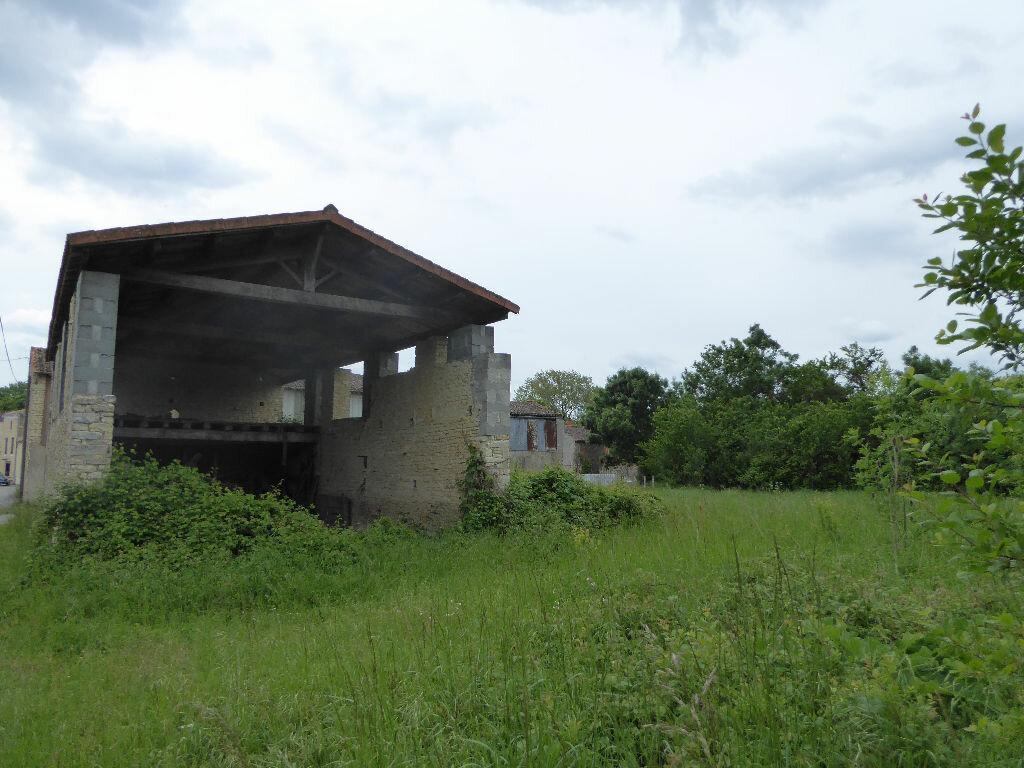 Maison à vendre 1 87m2 à Saint-Hilaire-la-Palud vignette-3