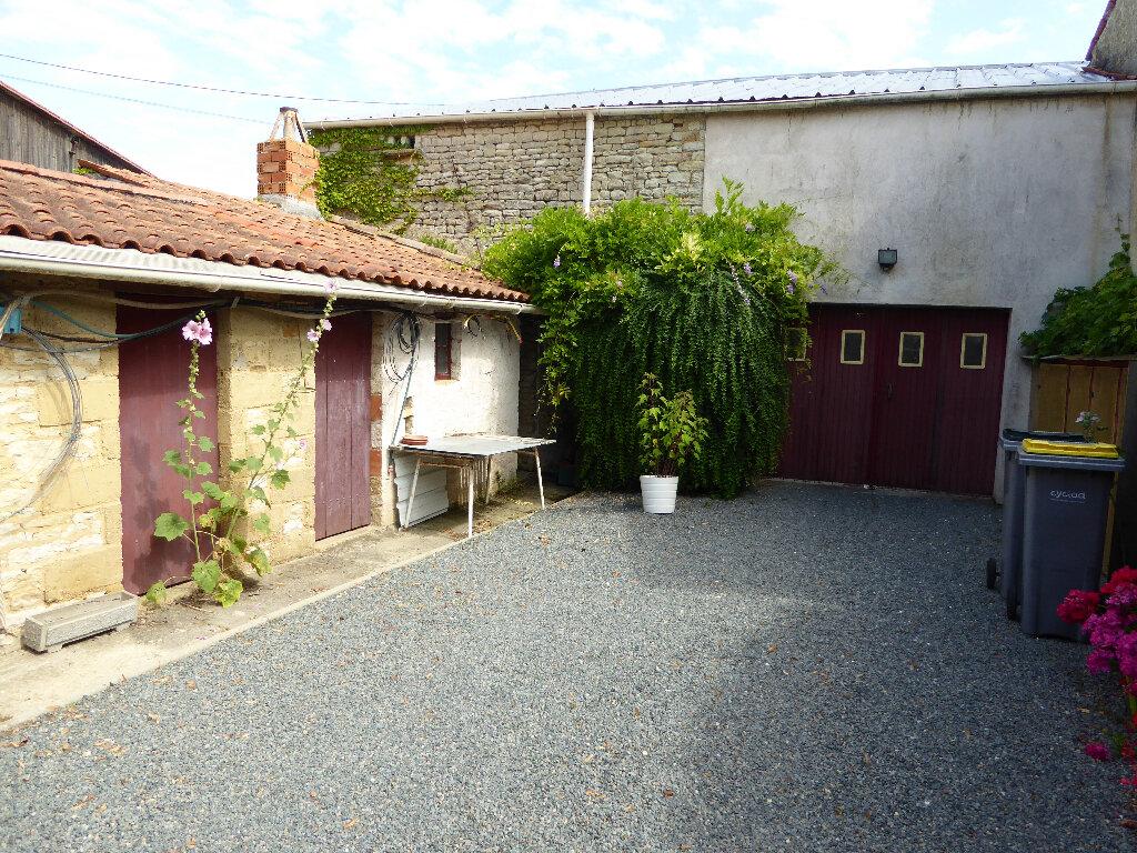 Maison à vendre 6 166m2 à Saint-Cyr-du-Doret vignette-3