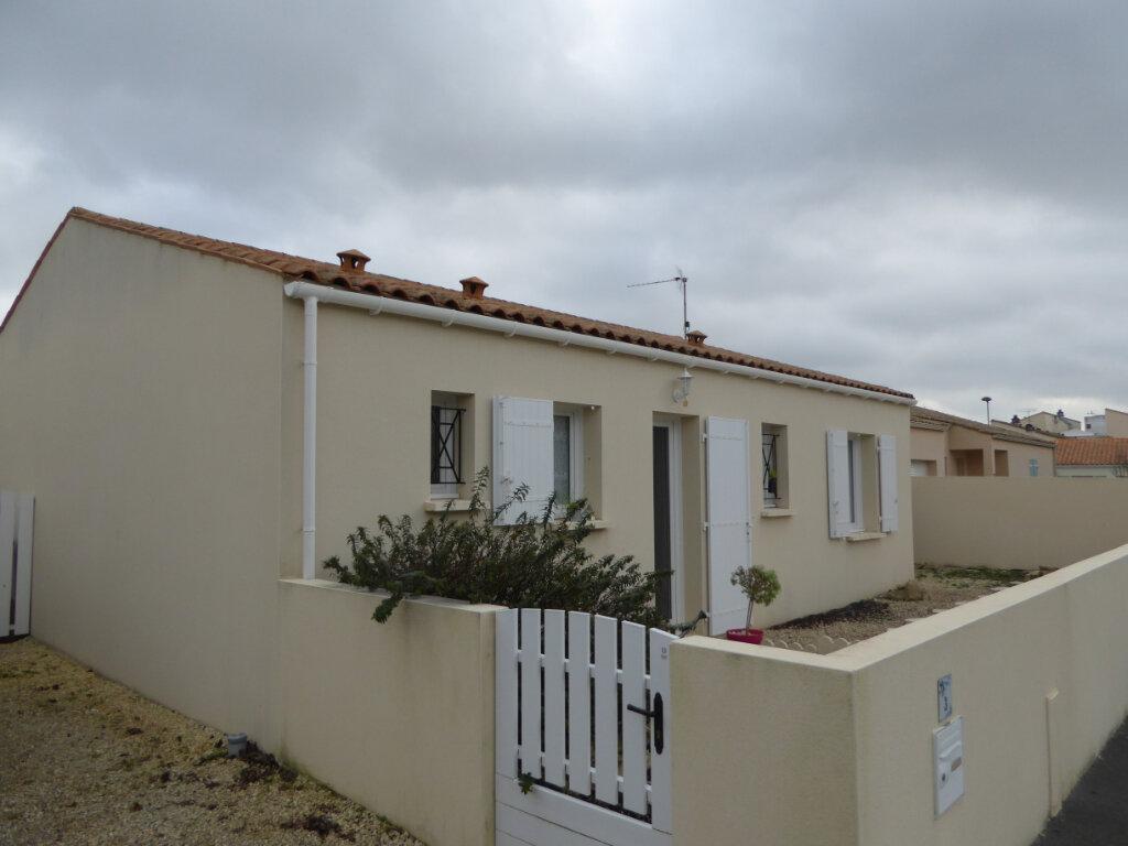 Maison à vendre 4 73m2 à Saint-Jean-de-Liversay vignette-1