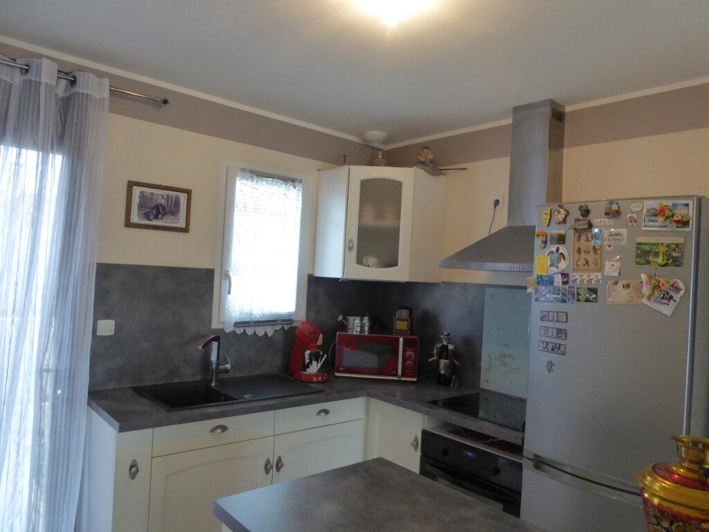 Maison à vendre 4 73m2 à Saint-Jean-de-Liversay vignette-6
