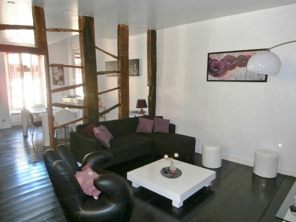 Appartement à louer 4 126m2 à Issigeac vignette-1