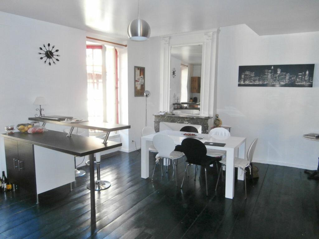 Appartement à louer 4 126m2 à Issigeac vignette-6
