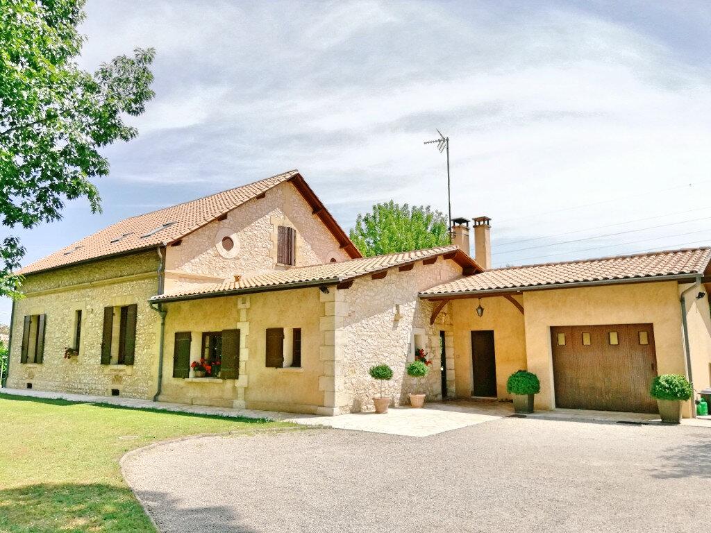 Maison à vendre 8 265m2 à Bergerac vignette-9