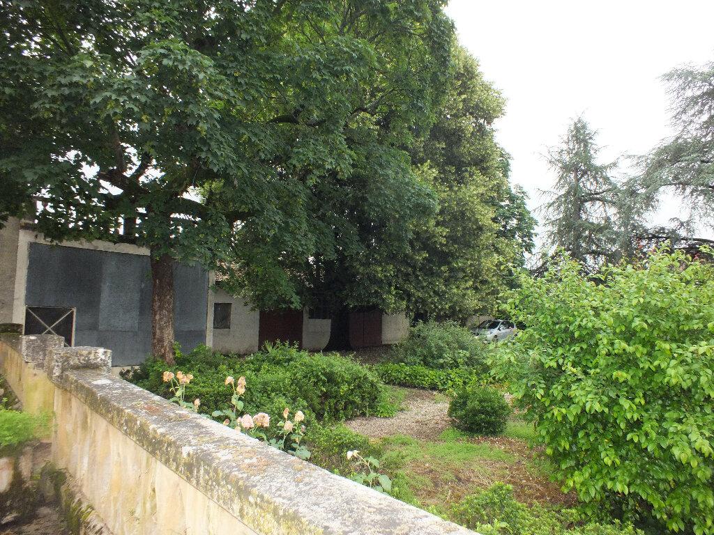 Maison à vendre 7 193m2 à Gardonne vignette-3