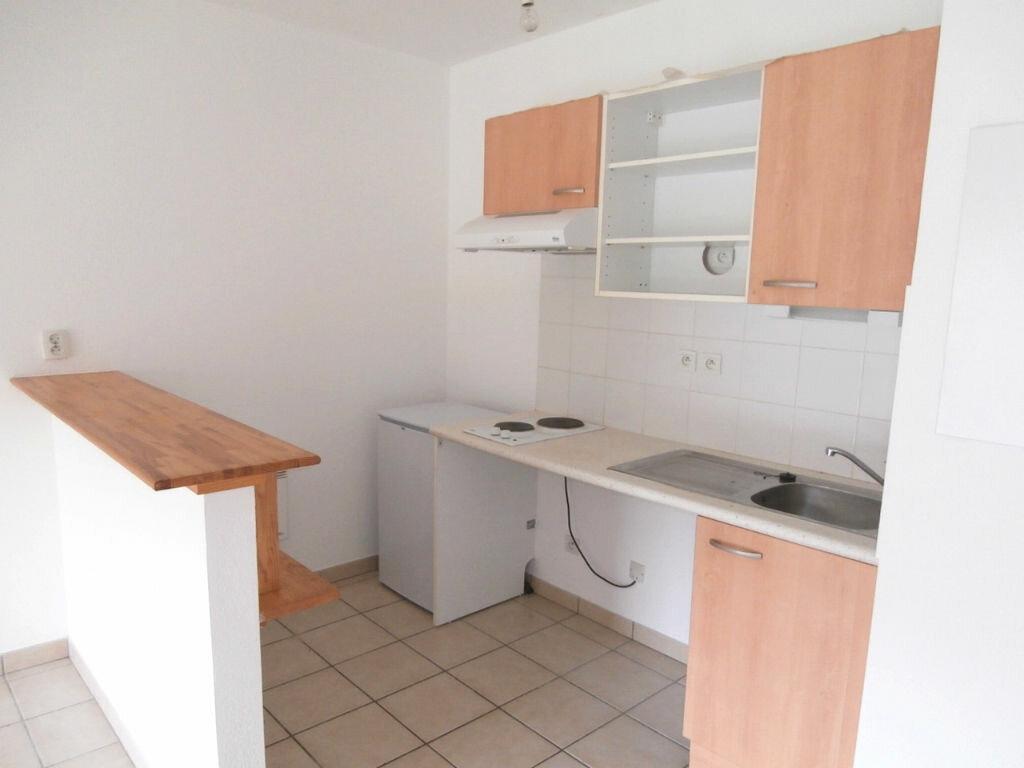 Appartement à louer 2 38m2 à Bergerac vignette-2