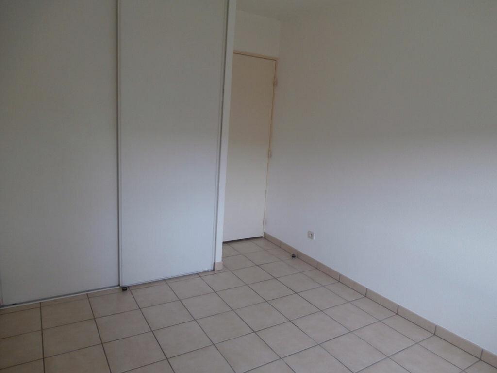 Appartement à louer 2 38m2 à Bergerac vignette-4