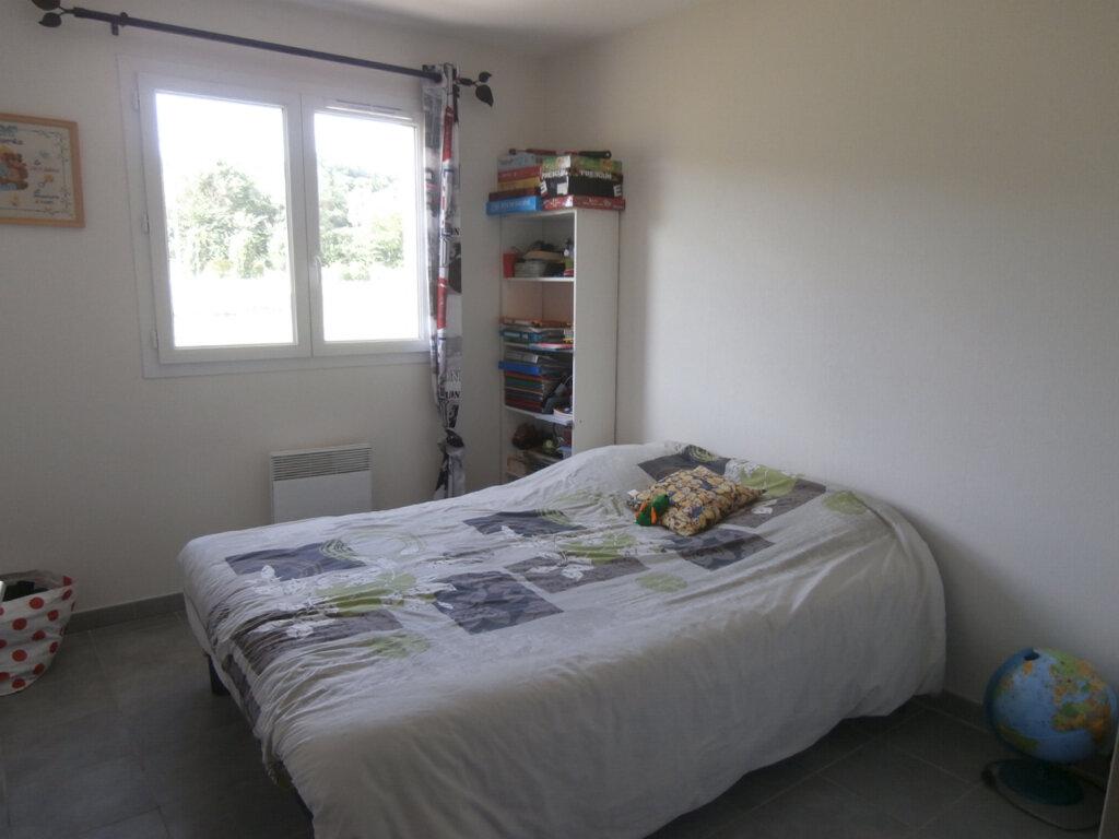 Maison à louer 5 119m2 à Mouleydier vignette-5