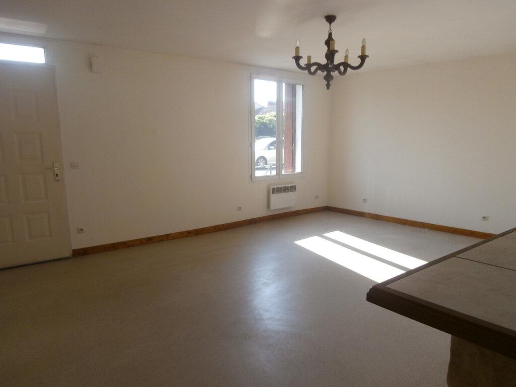 Appartement à louer 3 60m2 à Bergerac vignette-1