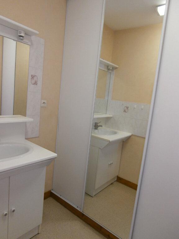 Appartement à louer 3 60m2 à Bergerac vignette-4