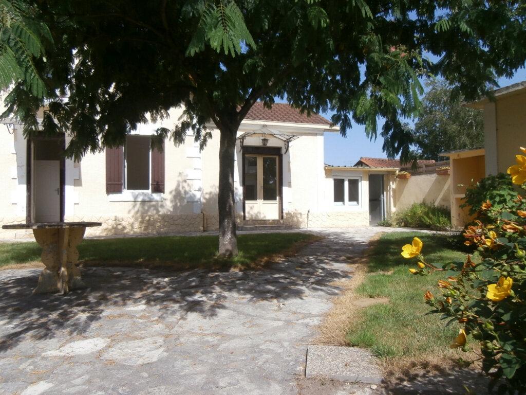 Maison à louer 4 105.15m2 à Bergerac vignette-1