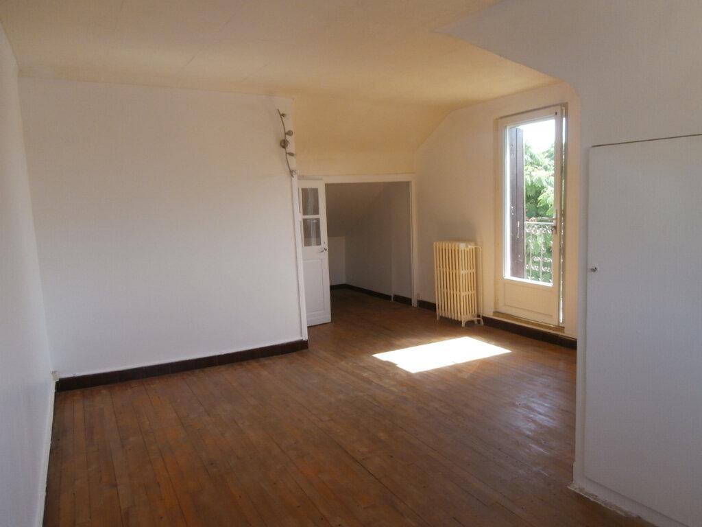 Maison à louer 4 105.15m2 à Bergerac vignette-7