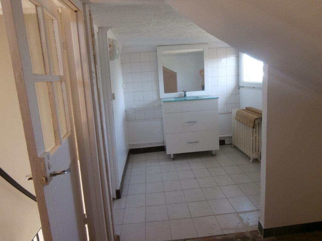 Maison à louer 4 105.15m2 à Bergerac vignette-8