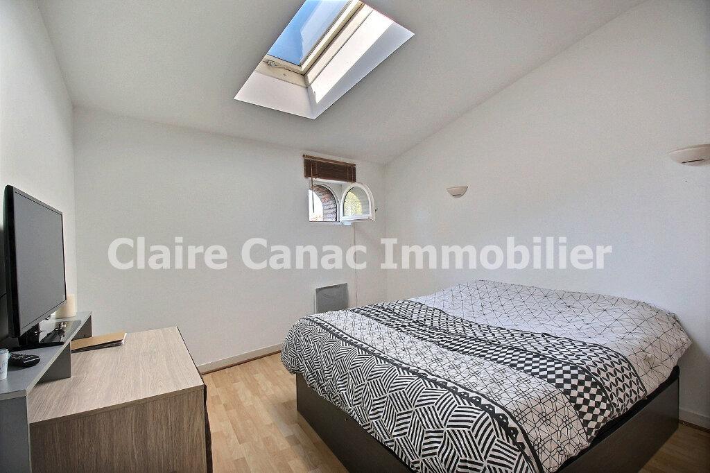 Appartement à louer 3 65m2 à Castres vignette-4