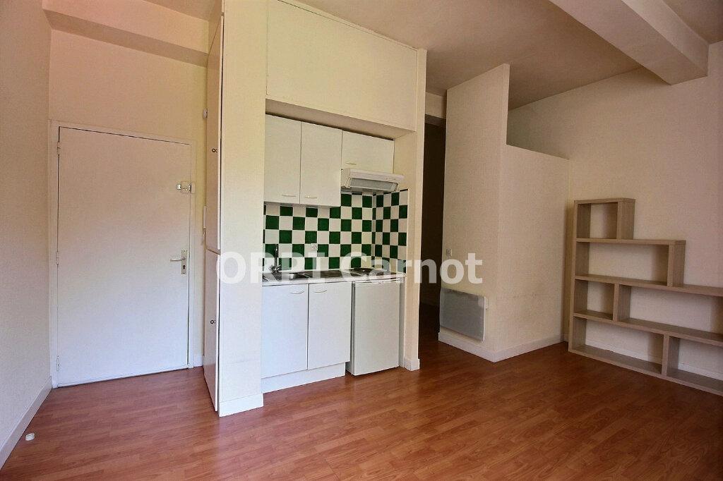 Appartement à louer 1 26.78m2 à Castres vignette-2
