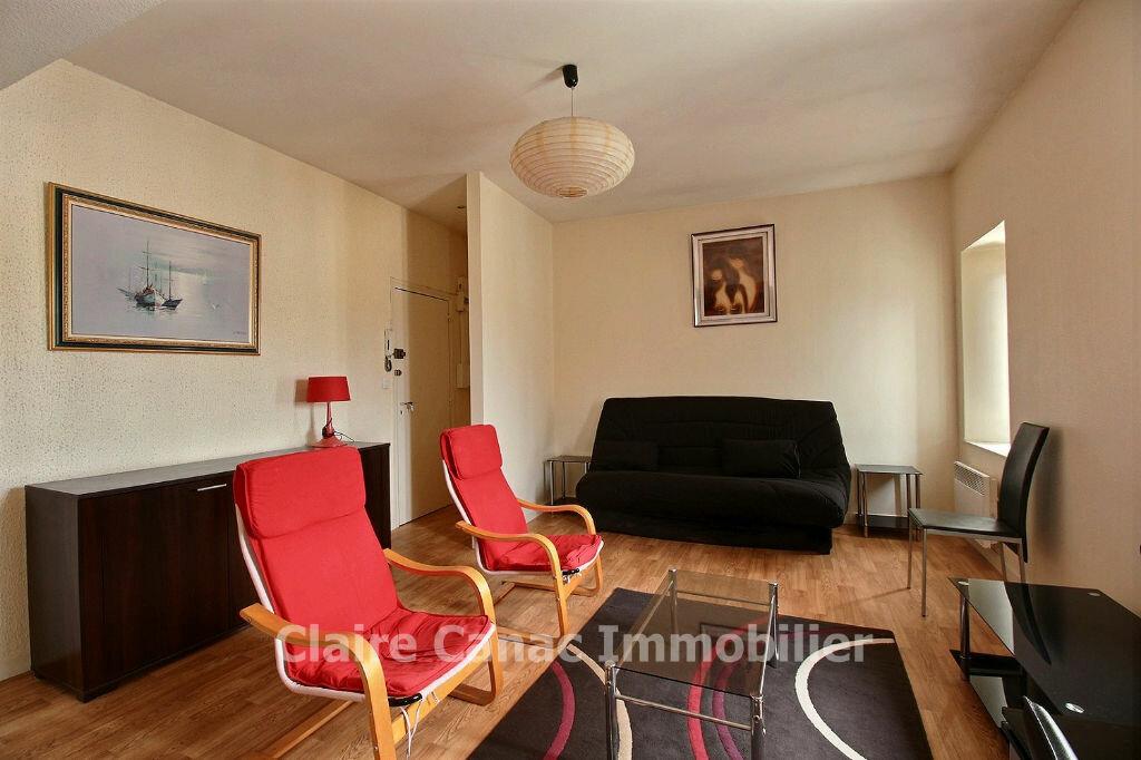 Appartement à louer 1 32m2 à Castres vignette-1