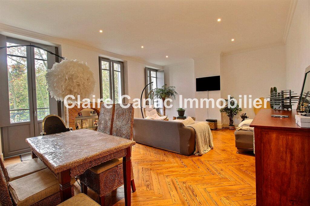 Appartement à louer 4 104m2 à Castres vignette-1