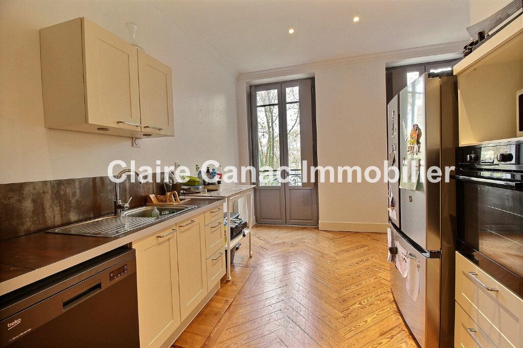 Appartement à louer 4 104m2 à Castres vignette-2
