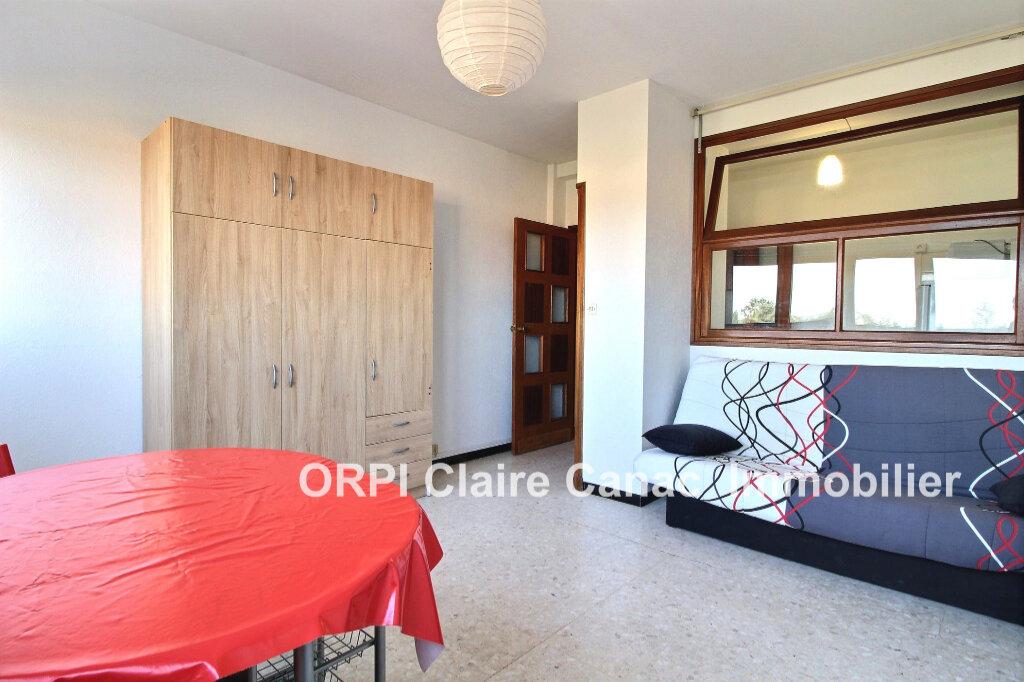 Appartement à louer 1 24.8m2 à Lavaur vignette-1