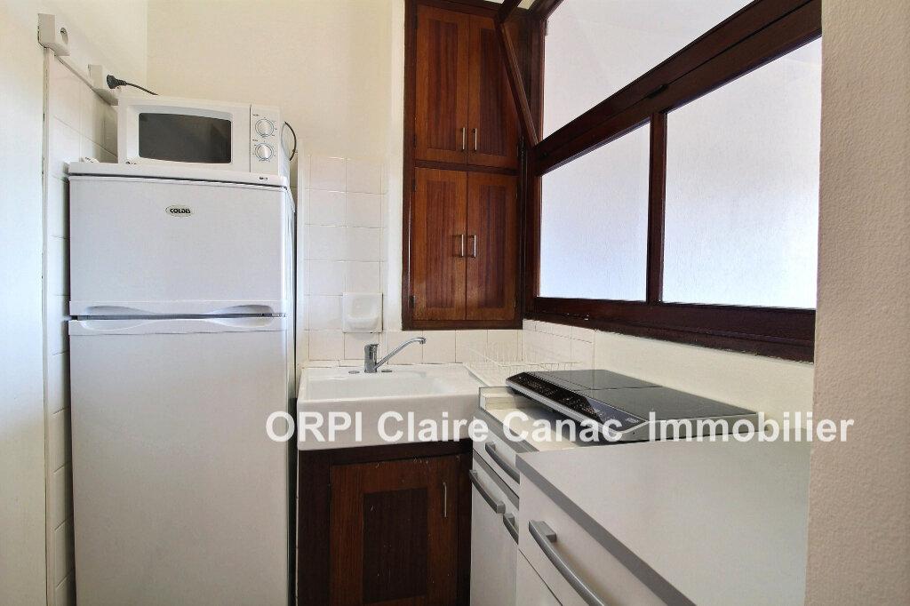 Appartement à louer 1 24.8m2 à Lavaur vignette-3