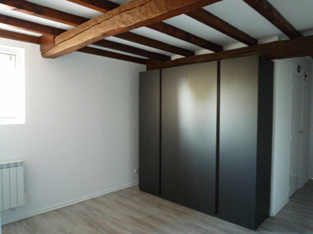 Appartement à louer 3 82m2 à Lavaur vignette-5