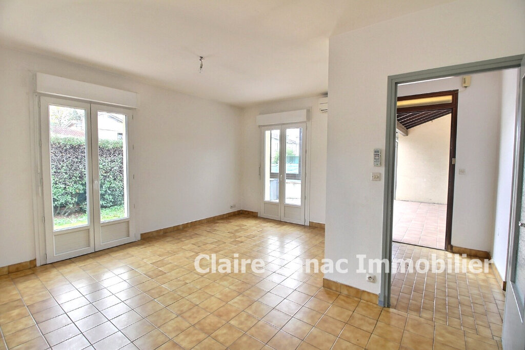 Maison à louer 3 64m2 à Lavaur vignette-3