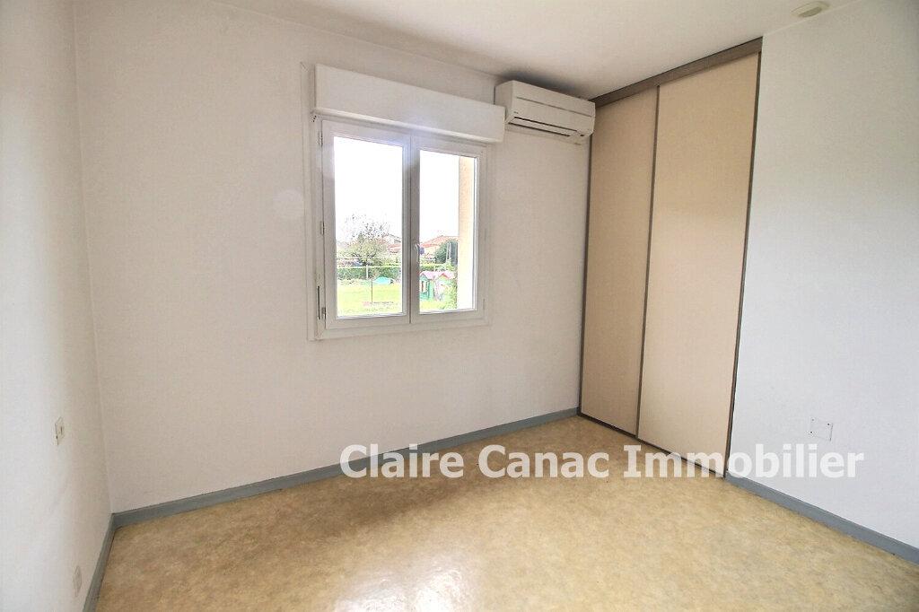 Maison à louer 3 64m2 à Lavaur vignette-5