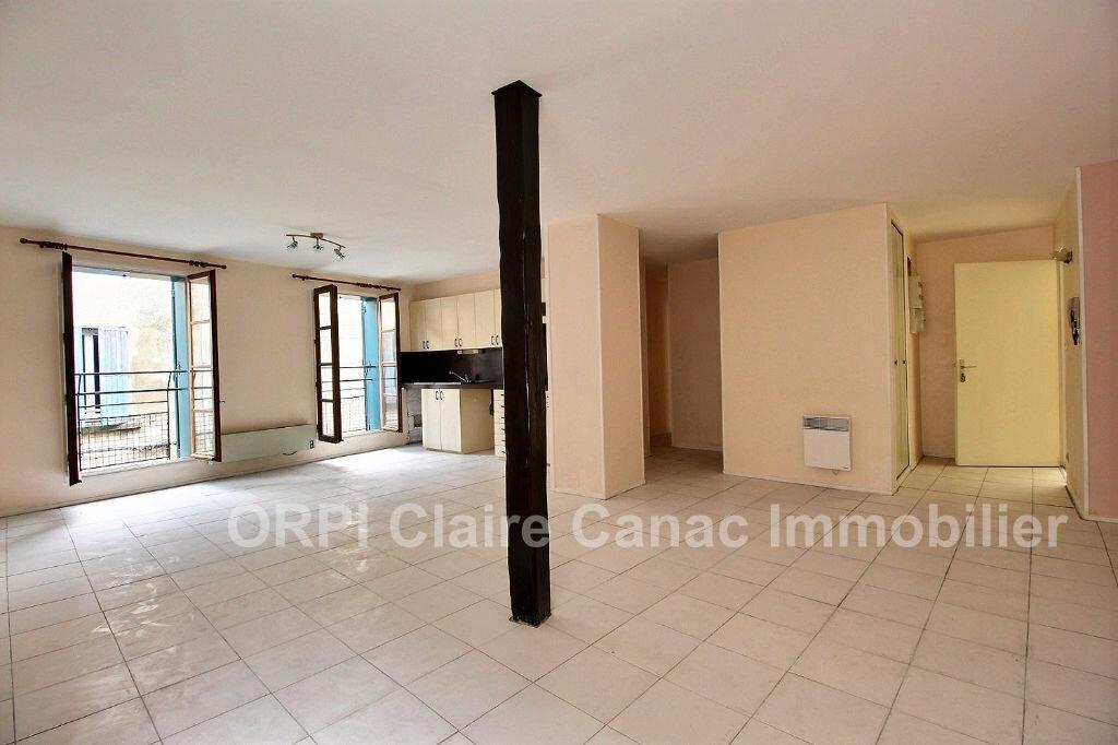 Appartement à louer 3 70.5m2 à Castres vignette-1