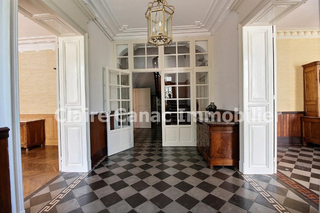 Maison à louer 6 300m2 à Saint-Sulpice-la-Pointe vignette-1