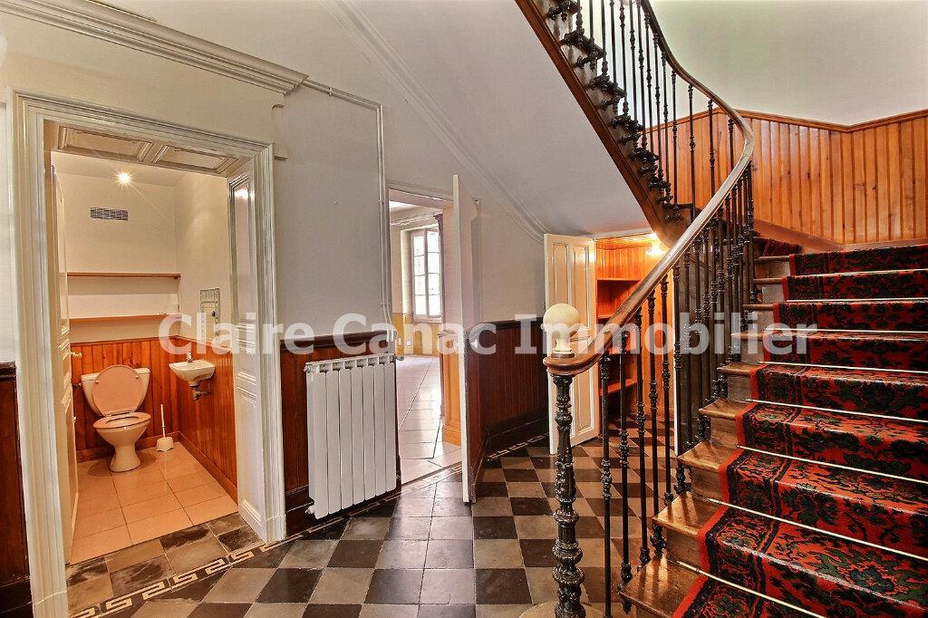 Maison à louer 6 300m2 à Saint-Sulpice-la-Pointe vignette-5