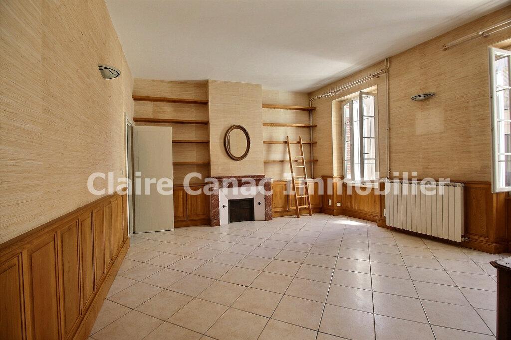 Maison à louer 6 300m2 à Saint-Sulpice-la-Pointe vignette-7