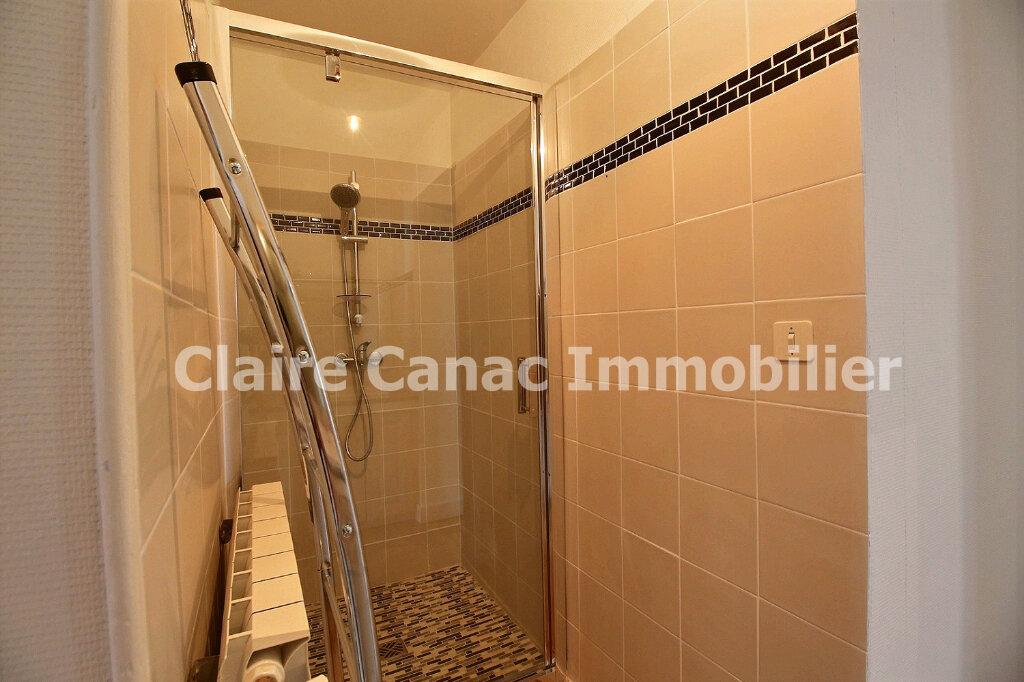 Maison à louer 6 300m2 à Saint-Sulpice-la-Pointe vignette-16